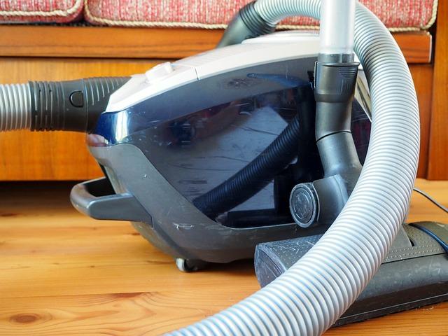 clean vacuum cleaner
